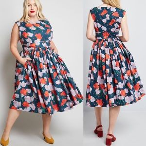 ModCloth Fabulous fit n flare dress with pockets